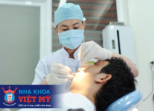 bọc răng sứ, trồng răng sứ, cắm implant uy tín ở Bến Lức